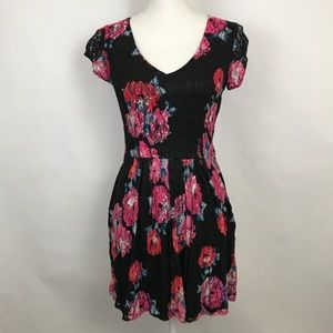 Womens Dress Small Black Lace Floral Mini